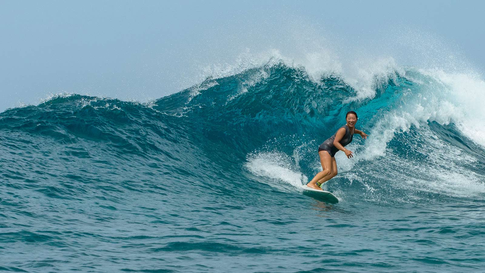 Maldives Surfing Six Senses Laamu