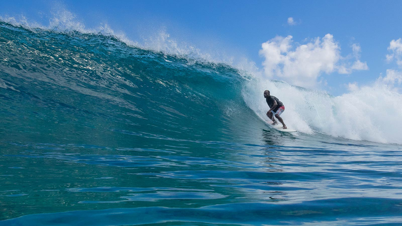 Ying Yang Surfing Maldives Six Senses Laamu